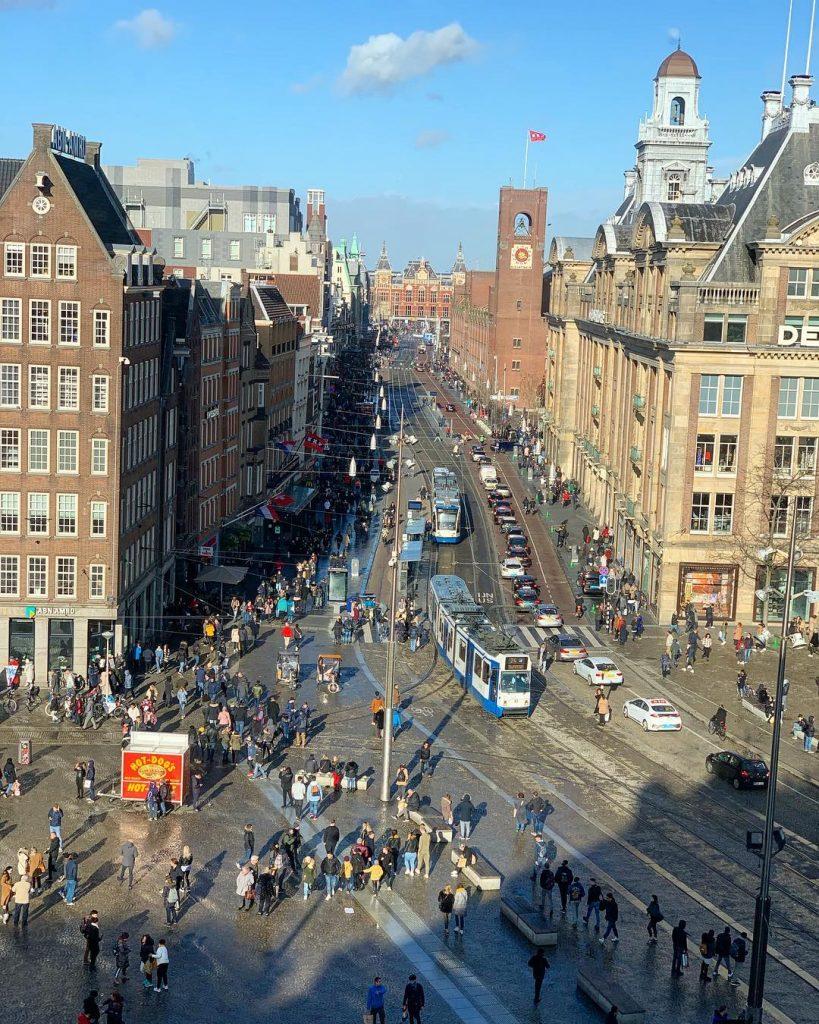 фасады зданий в Амстердаме