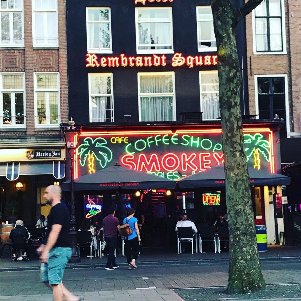 Магазин марихуаны в амстердаме семена конопли купить в тюмени